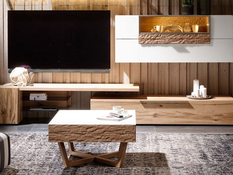 Exclusive coffee-table with liftable top